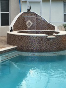 Custom pool by Agua Construction & Agua Pools